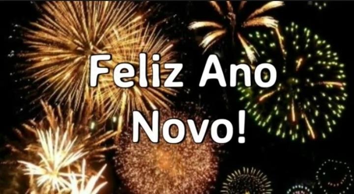 Happy New Year to Everyone – Dance até que as estrelas se apaguem e o sol apareça nocéu!
