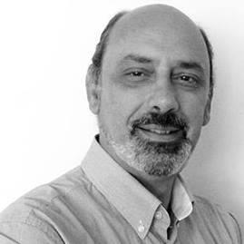 Renato Ribeiro, paixão pelo direito, a música e acomunicação.