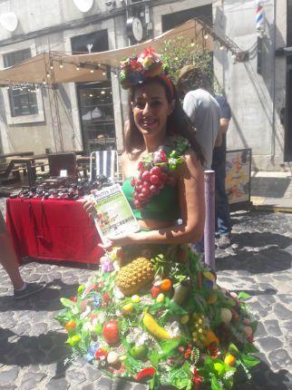 rapariga das frutas